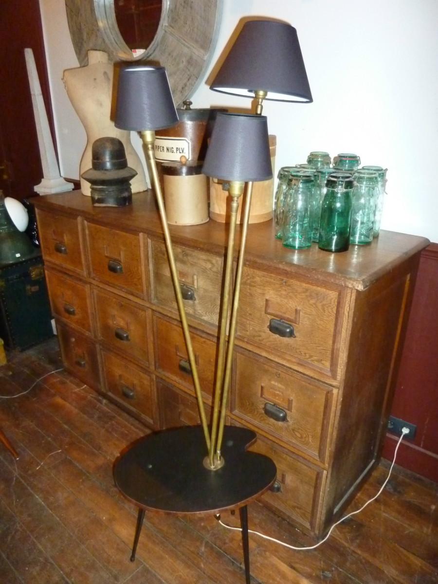 Lampadaire vintage 3 feux boutique broc martel - Lampadaire retro ...