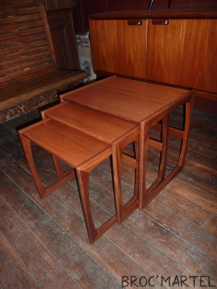 Tables gigogne scandinave en teck for Table basse gigogne style scandinave